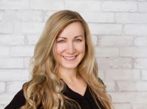 Meet Burien and Normandy Park Dentist Dr. Niki Johnston